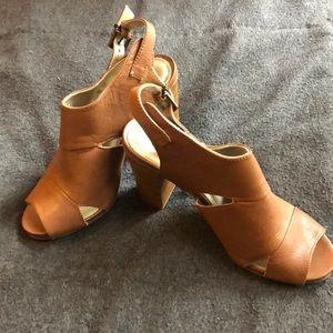 White Mountain Heels